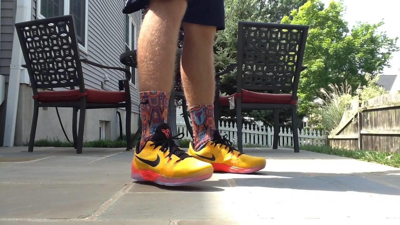 huge selection of ea670 dd79f Баскетбольні кросівки Nike Zoom Kobe Venomenon 5