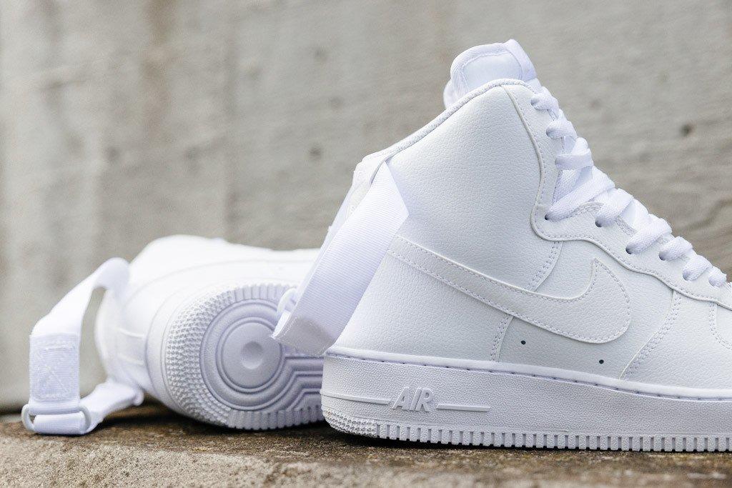 7acc626c Кроссовки Оригинал Nike Air Force 1 High '07