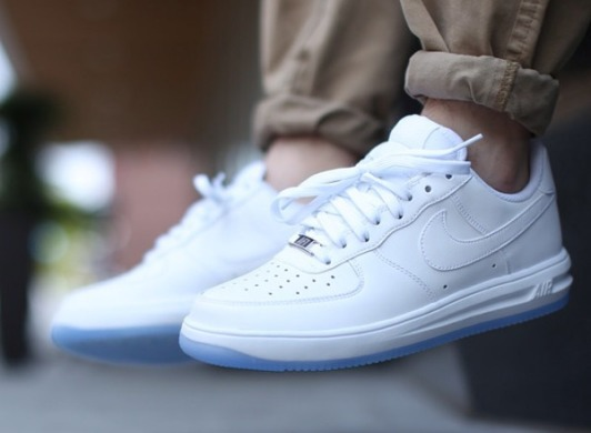 Кросівки Nike Lunar Force 1 Low