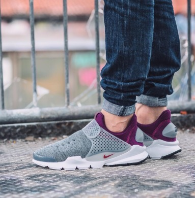 "Кроссовки Nike Sock Dart Tech Fleece ""Grey Heather Mulberry"", EUR 42"