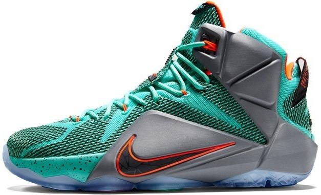 Баскетбольні кросівки Nike LeBron 12