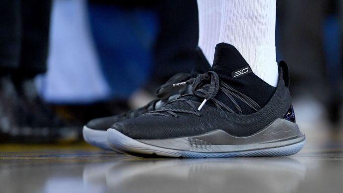 e8ba5f719c1 Баскетбольные кроссовки Under Armour Curry 5