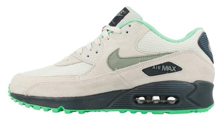 Кроссовки Nike Air Max 90 Essential -