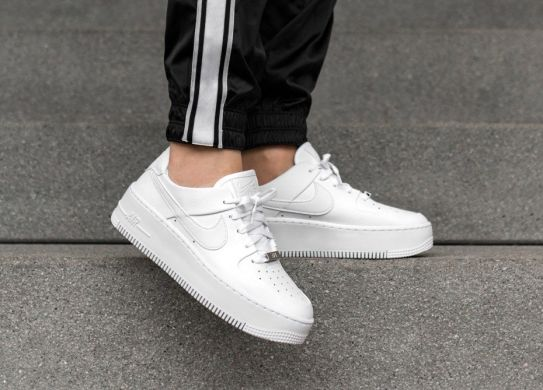 Женские кроссовки Nike Wmns Air Force 1 Sage Low 'White', EUR 38,5