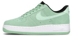 "Кросiвки Nike Wmns Air Force 1 07 Seasonal ""Green/Enamel/Green"""
