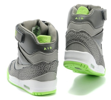 "Хайтопи Nike WMNS Air Revolution Sky Hi ""Grey"", EUR 36"