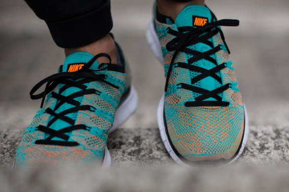 "Кросівки Nike Free Flyknit NSW ""Hyper Jade & Total Orange"", EUR 41"