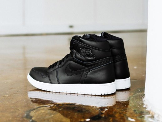 "Кроссовки Nike Air Jordan 1 Retro High OG""Cyber Monday""White/Black"", EUR 41"
