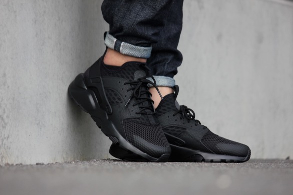 "Кроссовки Nike Air Huarache Run Ultra ""Triple Black"", EUR 40"