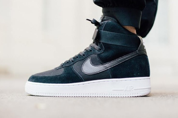 Кросiвки Nike Air Force 1 High 07 Suede
