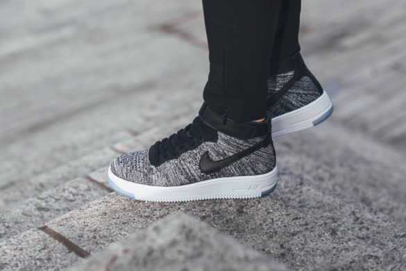 "Кросiвки Nike Air Force Flyknit Mid ""Gray"", EUR 45"