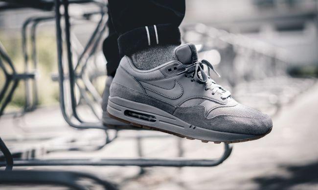 Оригинальные кроссовки Nike Air Max 1