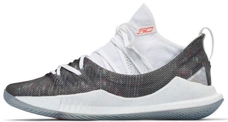 509f7667 Баскетбольные кроссовки Under Armour Curry 5