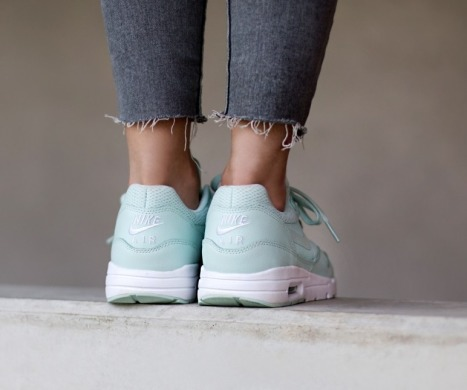 "Кроссовки Оригинал Nike Air Max 1 Ultra Essential ""Teal/White"" (704993-302), EUR 35,5"