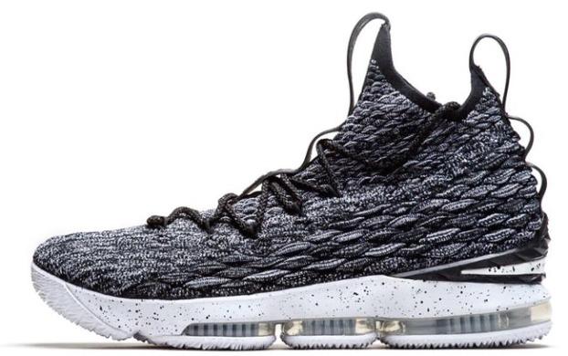 169d8dc9 Баскетбольные кроссовки Nike LeBron 15