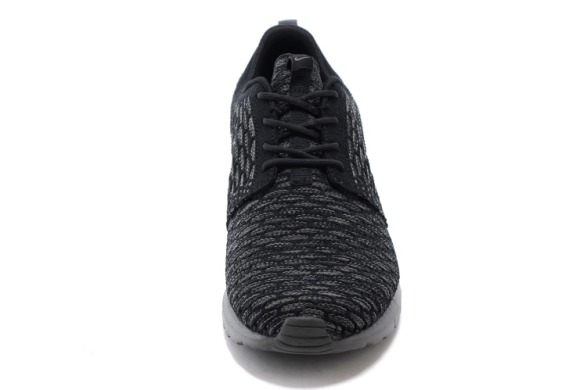 "Кросівки Nike Roshe Run Flyknit ""Black Midnight Fog"", EUR 40"