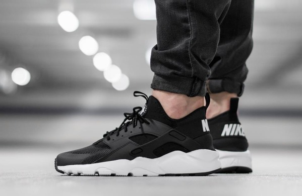 "Кроссовки Nike Air Huarache Run Ultra ""Black/White"", EUR 40"